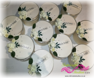 Hat box invitations - Cream 2